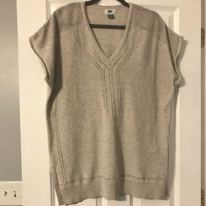 Old Navy tunic sweater vest in oatmeal XL
